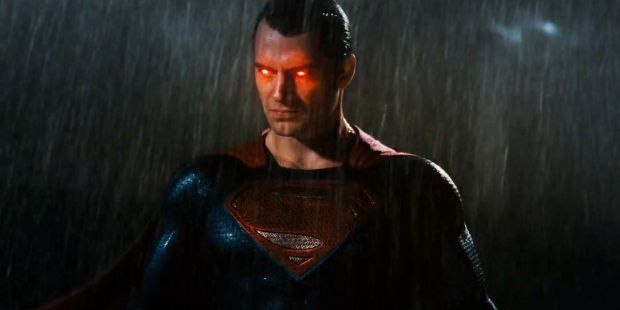 Batman-V-Superman-Trailer-Fight-Heat-Vision